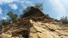Rock Climbing Photo: Tommy climbing past the anchors for Commodus and g...