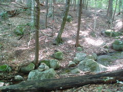 Rock Climbing Photo: Cairn at stream crossing. Path goes pretty much st...