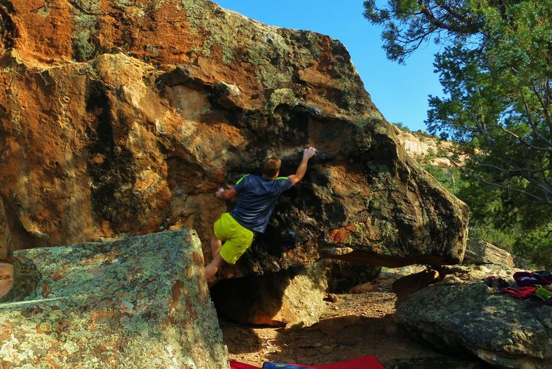 Rock Climbing Photo: Hitting the first move on Tomorrow's Gravity.