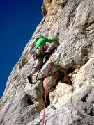 Rock Climbing Photo: Passing the low big hole on Filou