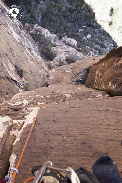 Rock Climbing Photo: From the hanging belay at the top of the .11a fing...