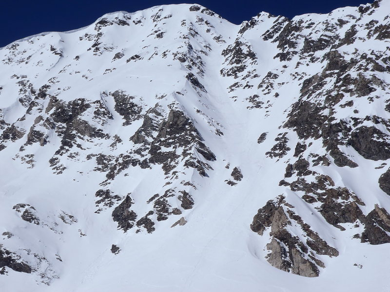 East face with Dead Dog Couloir just right of center