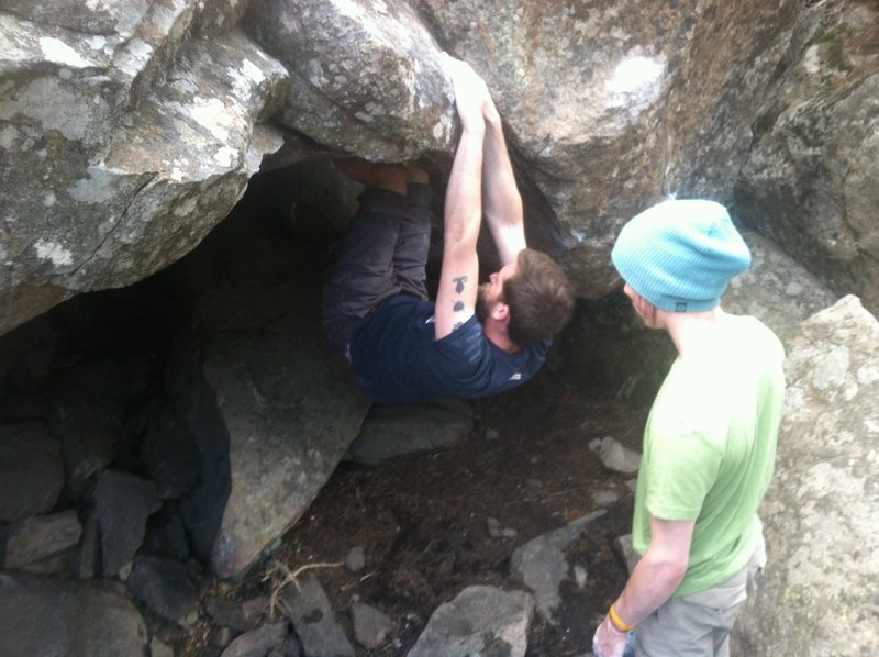 Rock Climbing Photo: Coming off of starting rail to match hands on firs...