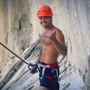 Rock Climbing Photo: Alcove Swing