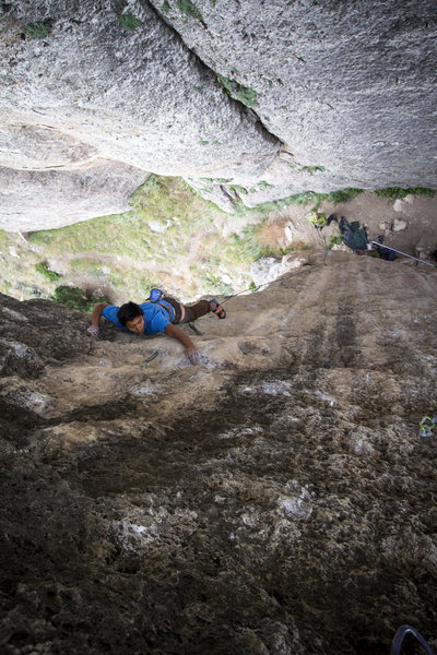 Chris on the classic Gravy Train on the Cigar Pillar. Great routes. Cool hang.