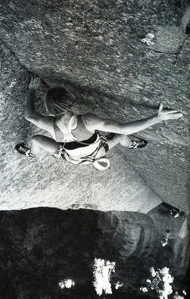 Rock Climbing Photo: Todd Skinner on Hollow Men (5.12c), Devil's To...