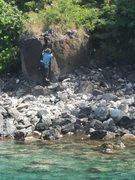 Rock Climbing Photo: Starting up Honolua Crack.
