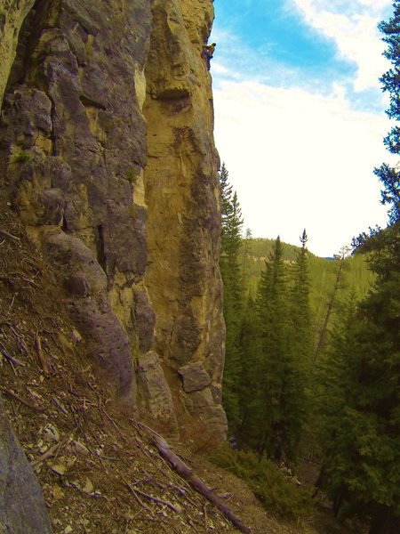 Climbing one of easier of the hard routes located on the biggest, baddest buttress in The Danks. Spearfish Canyon. SD.
