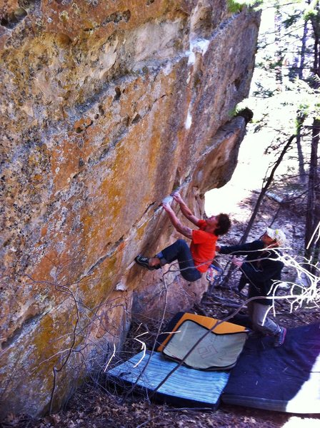 Rock Climbing Photo: J.Peabody setting up on Top Heavy