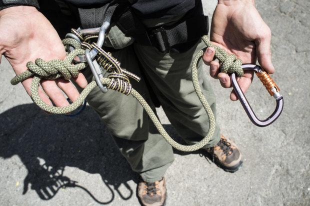 stolen from ropeguerrilla.org/