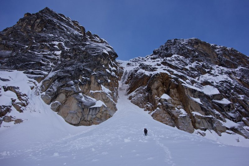 Approaching the couloir before dawn