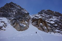 Rock Climbing Photo: Approaching the couloir before dawn