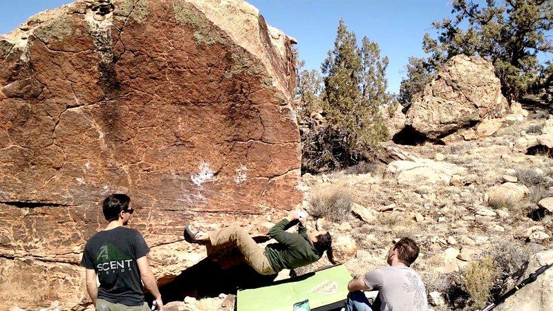 Rock Climbing Photo: Start to Blind Melon Sit.