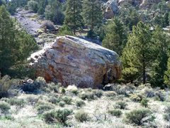 Rock Climbing Photo: Roadside Boulder from Hwy 18, Big Bear North