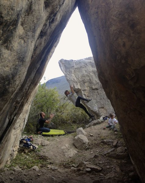Rock Climbing Photo: Michelle pulling hard.