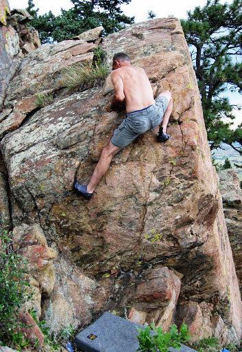 Rock Climbing Photo: Lee Smith on V2+.