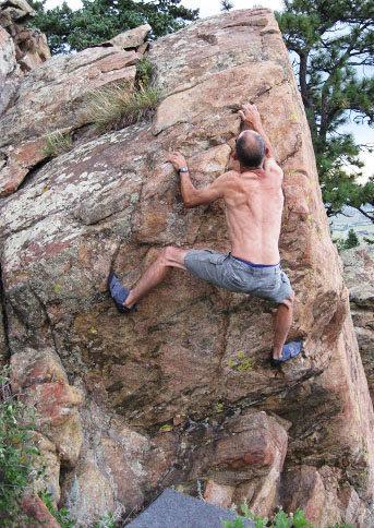 Rock Climbing Photo: Lee Smith, V2+.