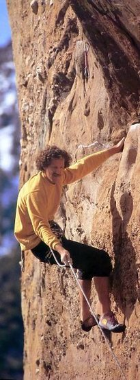 Eric Erickson on the Attitute Wall, Devils Punchbowl<br> <br> Photo by John Mireles