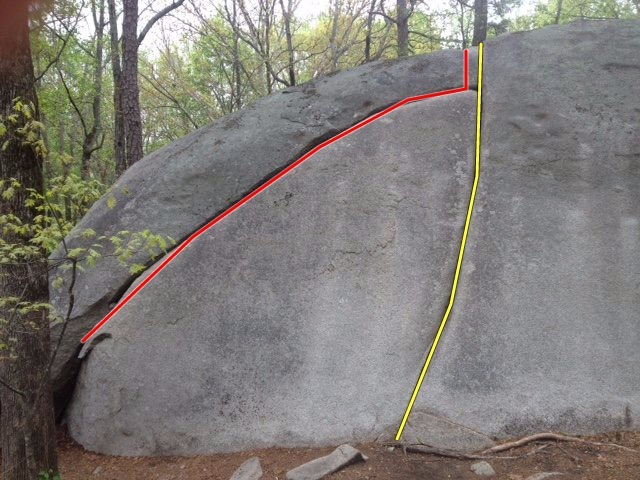 Easy Crack (yellow) to the right, and Easy Crack Traverse (red) to the left.