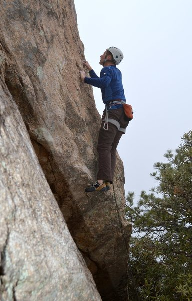 Rock Climbing Photo: Pulling the distinctive bulge at the start of 'Wil...