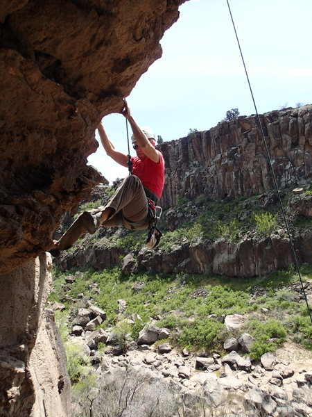 Rock Climbing Photo: Susan on the fun start in the cave of 'Let's Face ...