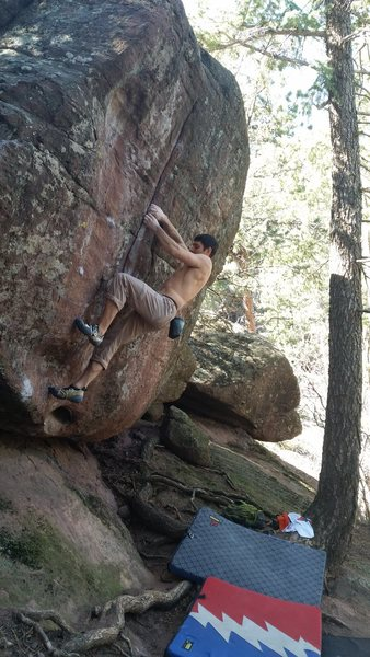 Rock Climbing Photo: Hollows Way - 1 Mega classic