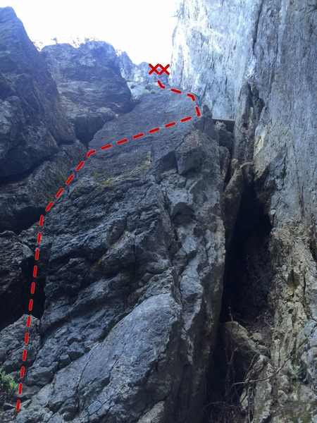 Rock Climbing Photo: Route starts to the left in the large crack. Then ...