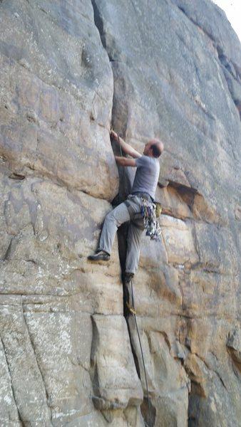 Karate-chopping my balding way up New Yosemite. Tis quite a splendid climb.