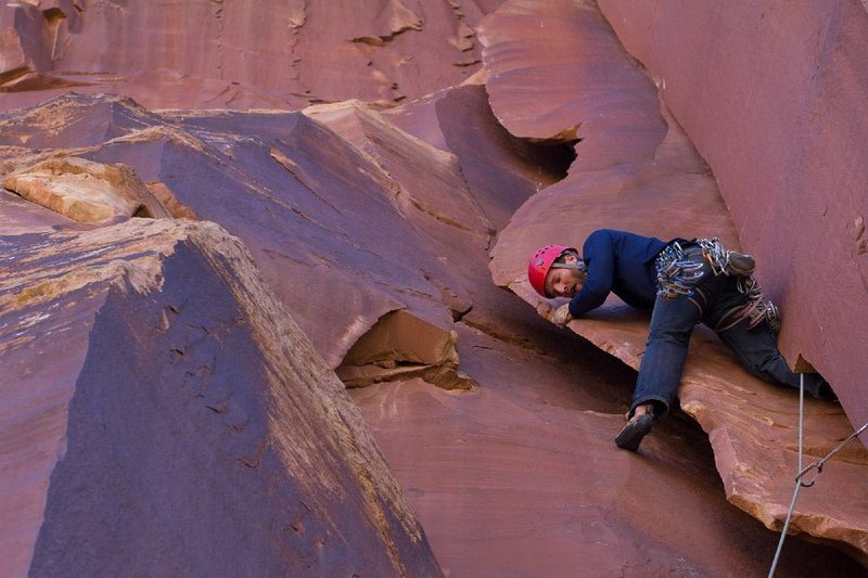 Climbing above my #6. This pitch is fun and way different from twin cracks! Thanks for the picture Phil.
