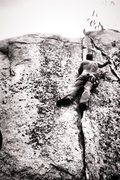 Rock Climbing Photo: Mysto Splitter!