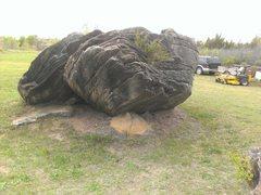 Rock Climbing Photo: The Underbelly Boulder.