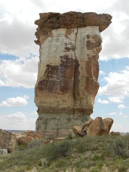 Rock Climbing Photo: Hand sized crack all the way to the overhanging ca...