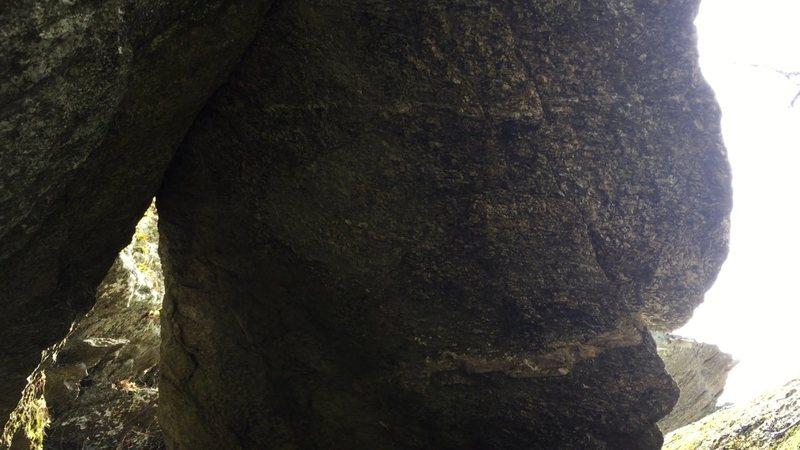Rock Climbing Photo: Concussion, V6