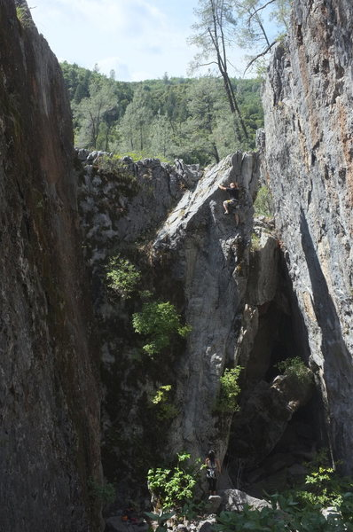 Rock Climbing Photo: louie on 1st ascent, follow the white streak