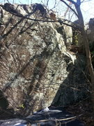 Rock Climbing Photo: Short and Stupid Boulder.  Slightly Bigger Alterna...