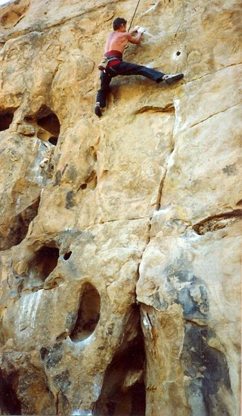 Rock Climbing Photo: Peter Hayes moving into the crux sequence at 3/4 h...