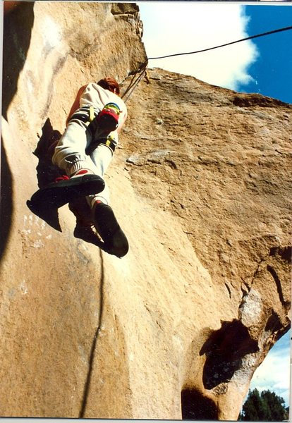 Jim Bailey starting the layback theme of this cool little route.ca. 1985.