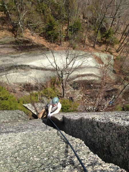 Rock Climbing Photo: Devon laying back to gain the upper OW/squeeze