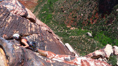 Rock Climbing Photo: Traverse below the belay on the second to last pit...