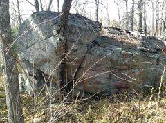 Rock Climbing Photo: Ridge Boulders Area: The Prickly Boulder.