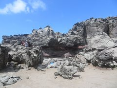 Rock Climbing Photo: Shark Attack takes the impressive line over the ov...