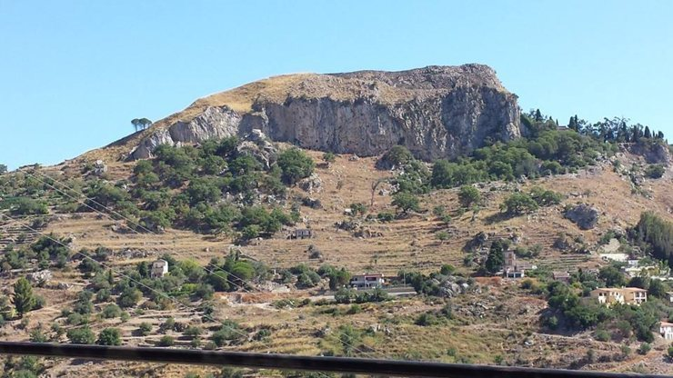 Castelmola crag, Monte Ziretto.