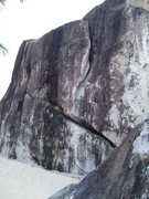 Rock Climbing Photo: Spring Bay Boulder, with Island Flake in the foreg...