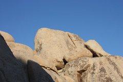 Rock Climbing Photo: Trivial Tower, Joshua Tree NP