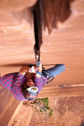 Rock Climbing Photo: Me leading Willy's. Such an awesome splitter.  Pho...