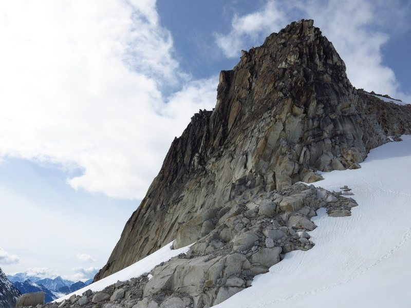 Rock Climbing Photo: Hobbit's Footstool.