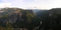 Rock Climbing Photo: A view down the Lower Merced Canyon from the summi...