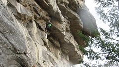Rock Climbing Photo: The low roof shared by Full Metal Jacket and 14:59...