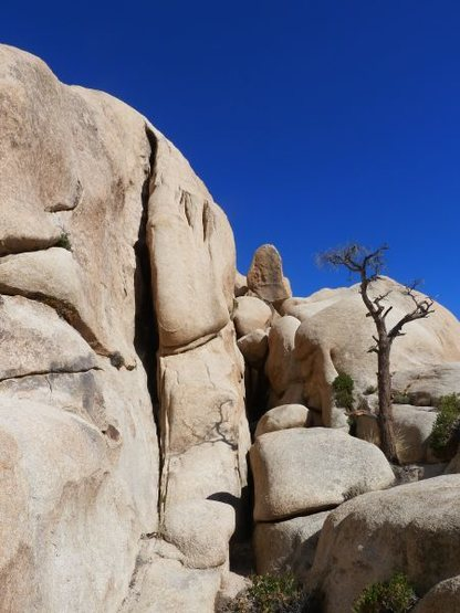 Northwest Chimney (5.4), Joshua Tree NP