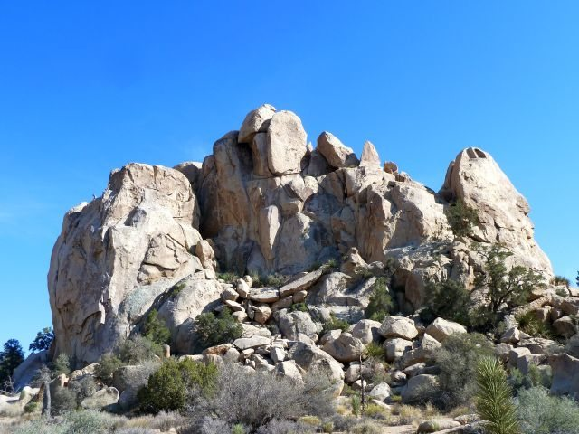 Dihedral Rock from the road, Joshua Tree NP
